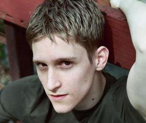 Edward_Snowden_2006_Photo-e1371337738325